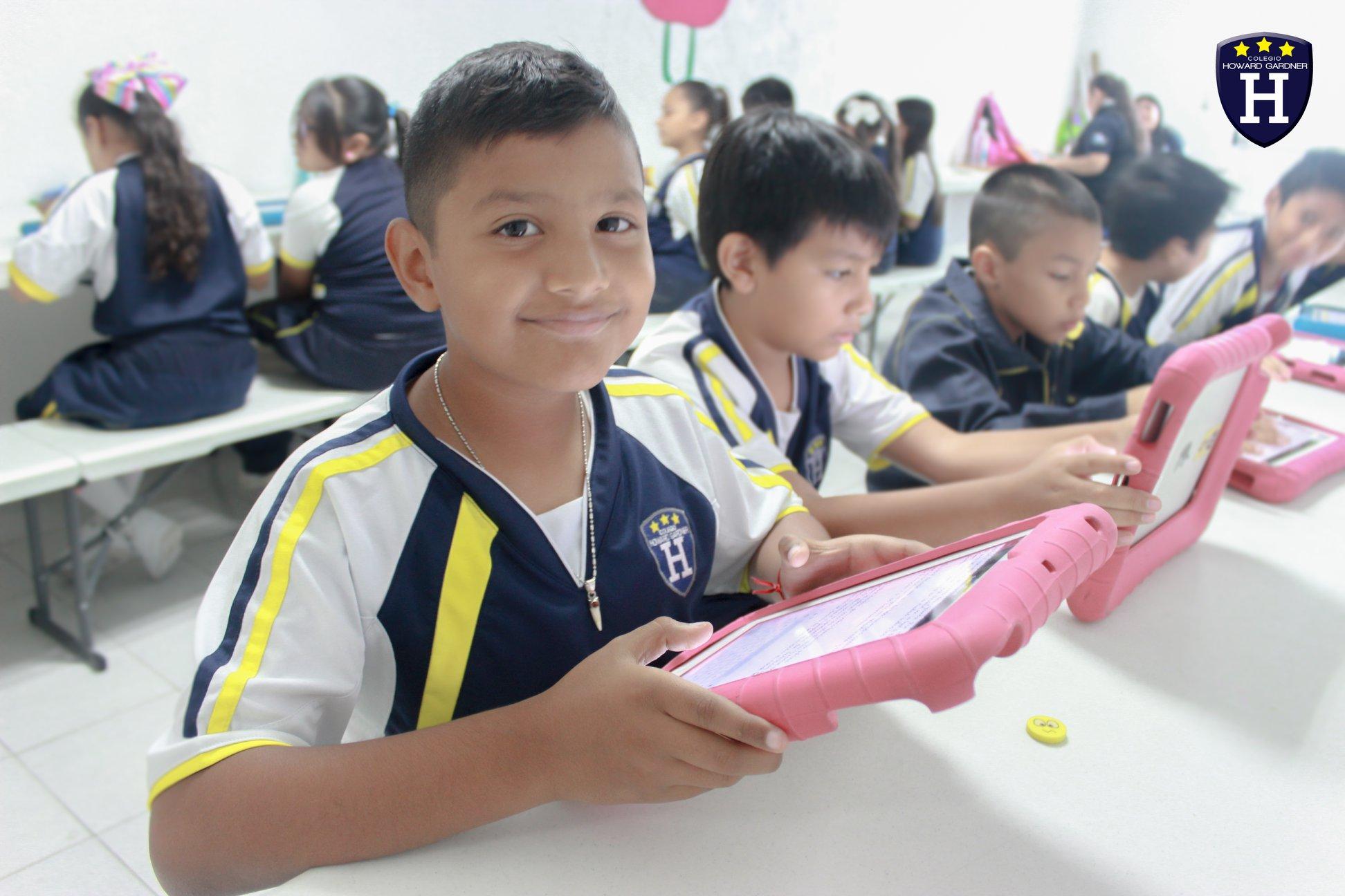 Nuestros alumnos de 4 Primaria desarrollando sus habílidades en procesador de texto
