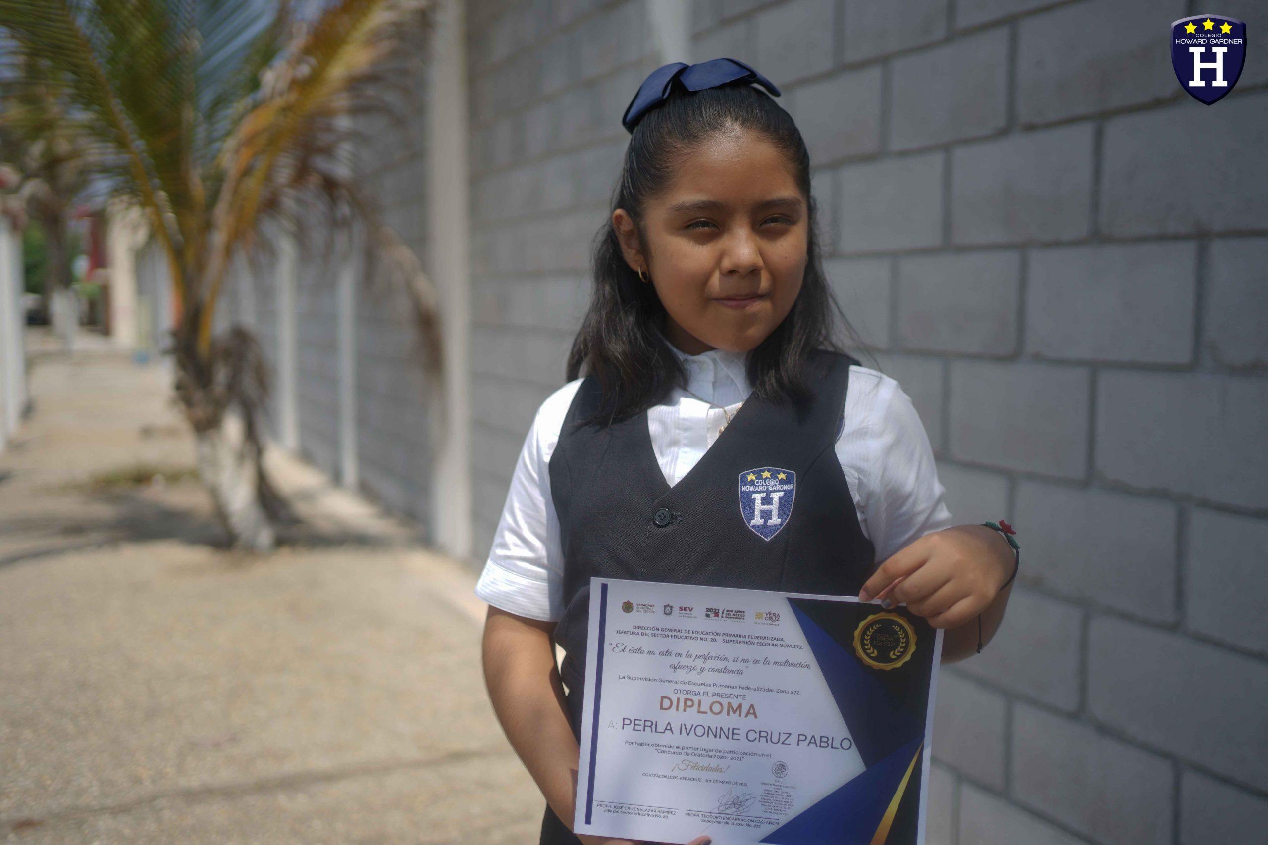 Muchas Felicidades Perla por el Primer Lugar en el Concurso de Oratoria zona 21