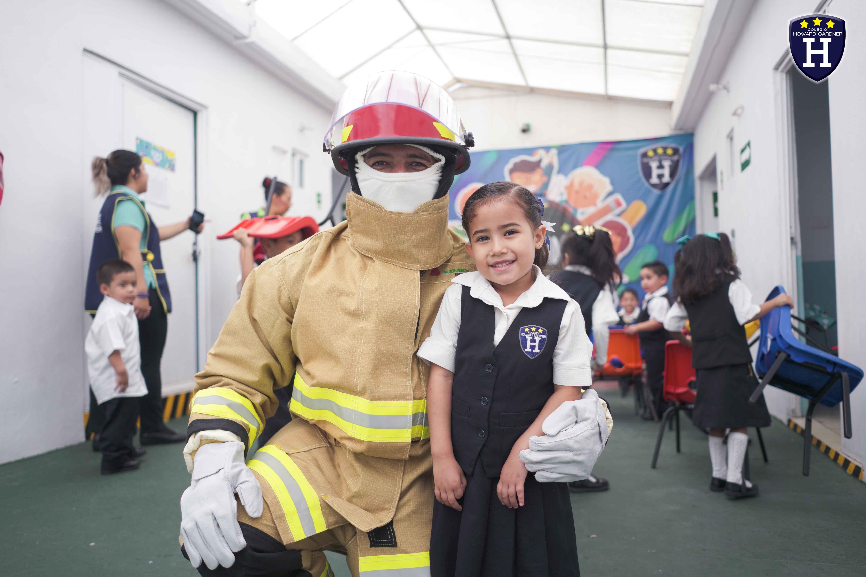 Conociendo a un bombero