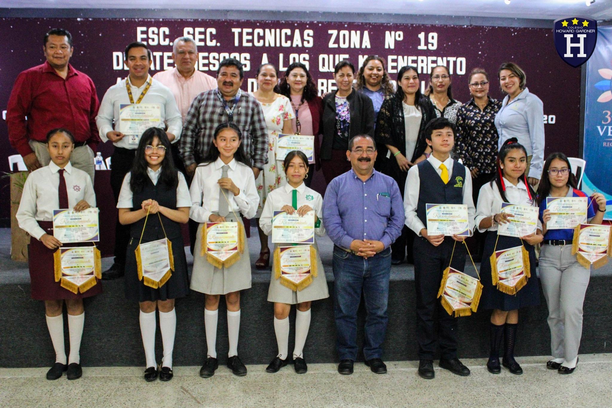 Participación de Maya Martínez en el Debate de Escuelas Secundarias Técnicas Zona 19
